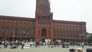 Demo gegen die Zerschlagung der S-Bahn
